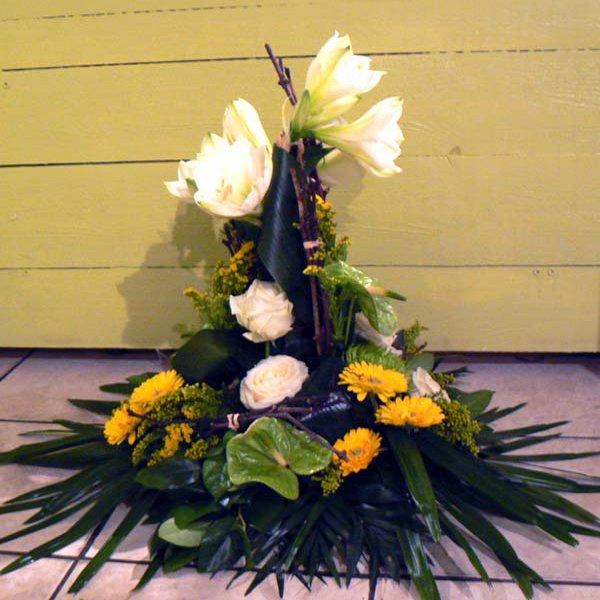 Compositions florales pour le deuil boyer p piniere for Entretien jardin decembre